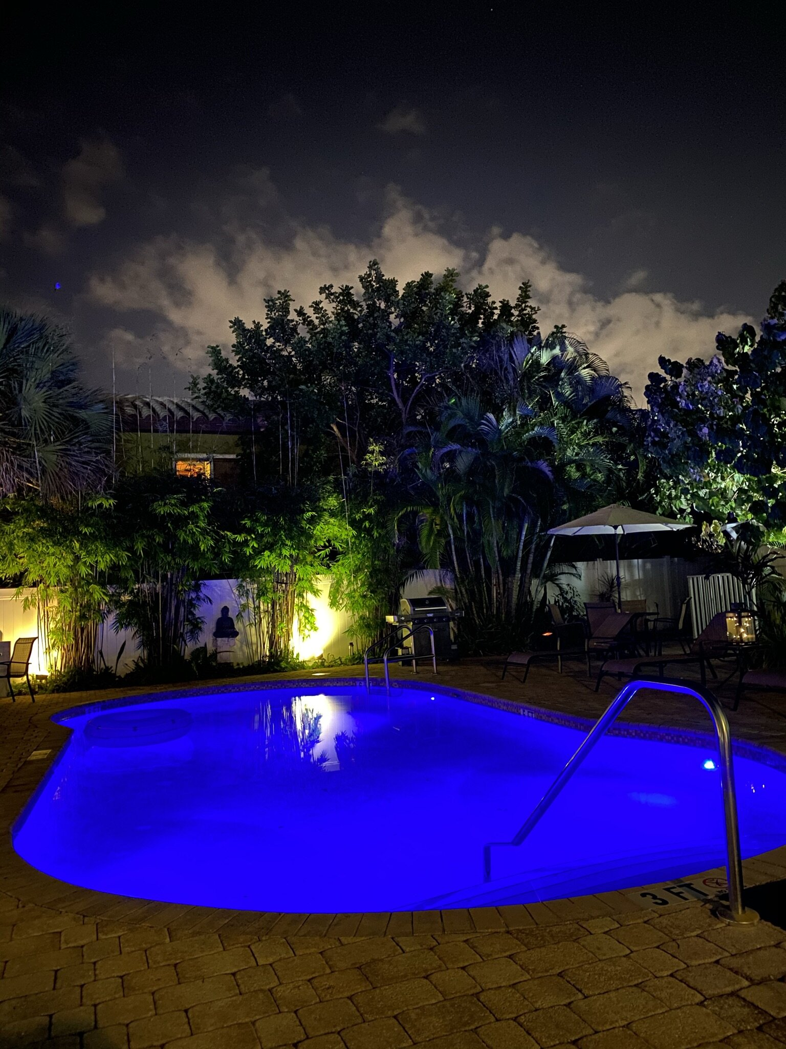 Hotel Seacrest Pool at Night